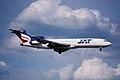 93aq - JAT Yugoslav Airlines Boeing 727-2H9; YU-AKI@ZRH;04.05.2000 (4793678150).jpg