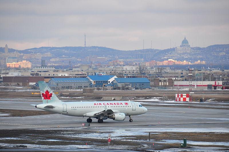File:Aéroport de Montréal P.-E. Trudeau YUL (4495808672) (2).jpg