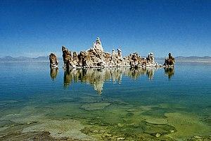 Salt lake - Mono Lake