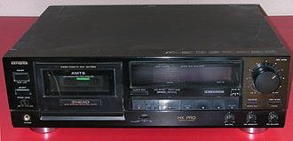 Aiwa - Aiwa F810 cassette deck