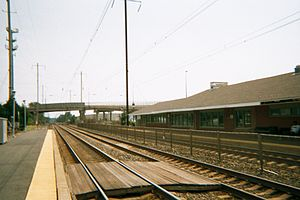 Aberdeen station (Maryland) - Image: Aberdeen Station Northbound Platforms
