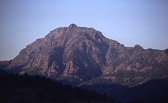 Abiathar Peak - Image: Abiathar Peak YNP