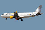 Airbus A320-216 Vueling Airlines EC-KDT (9235592221).jpg