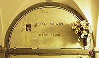 Alda Merini grave Milan 2015.jpg