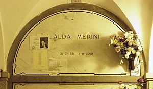 Alda Merini - Alda Merini's grave at the Monumental Cemetery of Milan in 2015