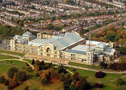 Alexandra Palace from air 2009 (cropped)