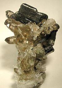 Allanite-Quartz-39466.jpg