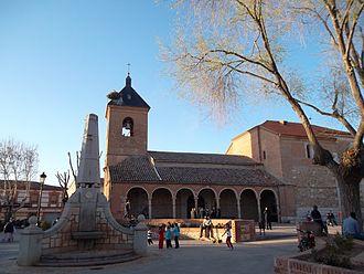 Alovera - Image: Alovera Iglesia parroquial 01