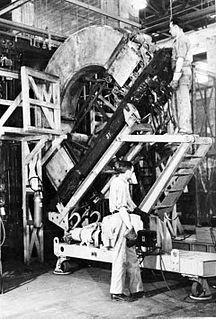 Calutron mass spectrometer