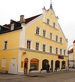 Trostberger Straße in Altötting
