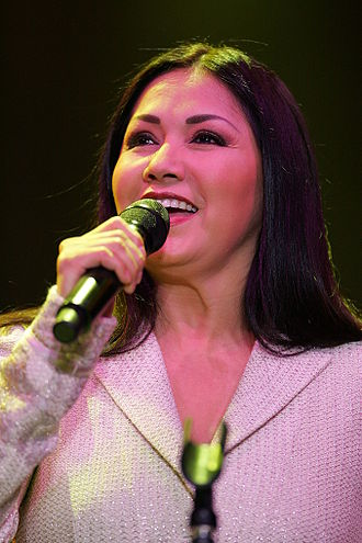 Lo Nuestro Award for Pop Album of the Year - Mexican singer Ana Gabriel (pictured in 2006), winner in 1990 and 1991