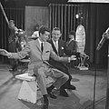 Andre en Rudy Carrell tijdens one manshow van Rudy, Bestanddeelnr 911-5184.jpg