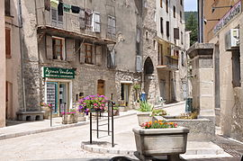 Entrance to the old town of Annot