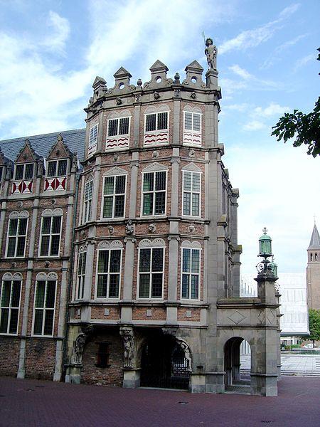 File:Arnhem devils house.JPG