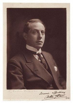 Arthur Joseph Davis - Arthur J.Davis, F.R.I.B.A (1912: photograph by Henry Walter Barnett)