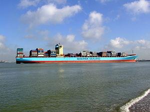 Arthur Maersk pic11 approaching Port of Rotterdam, Holland 08-Mar-2007.jpg