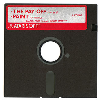 """Atarisoft - Atarisoft-branded """"Paint"""" / """"The Pay-Off"""" floppy disk supplied as part of """"Software Pack"""" in computer bundle."""