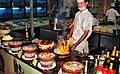 Ateşle oynayan adam-Yemekler gerçekten harika-Shangri la restaurant -Yiwu-China - panoramio.jpg