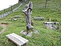 Bänke mit Berggeist - panoramio.jpg