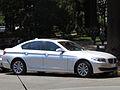 BMW 523i 2012 (10449421246).jpg