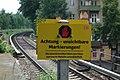 Bahnhof Berlin Wollankstraße, künstliche DNA 02.jpg