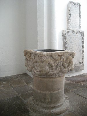 St Peter's Church, Cambridge - Image: Baptismal font at St Peter's Church, Cambridge 002