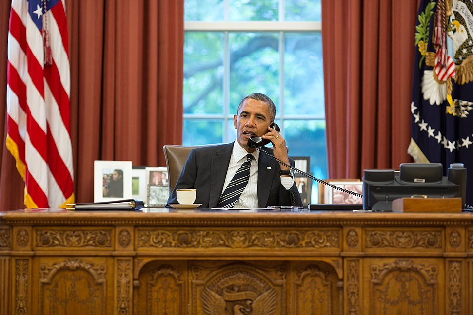 Barack Obama on the telephone with Hassan Rouhani