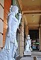 Barton Square statues, Trafford Centre.JPG