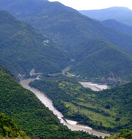 Bend in ganges garhwal2008a.jpg