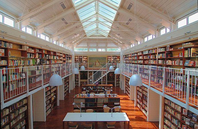 Biblioteca Venturini.jpg