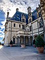 Biltmore House, Biltmore Estate, Asheville, NC (32852486848).jpg