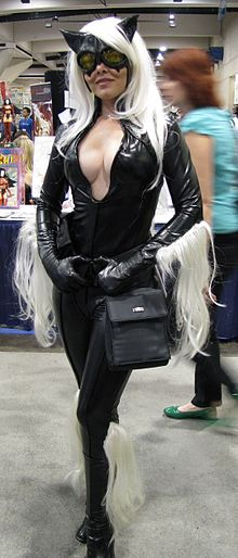 Black Cat Comic Con.jpg