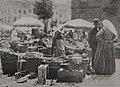 Blick auf das Markttreiben auf dem Burgplatz in Düsseldorf, Foto Erwin Quedenfeldt.jpg
