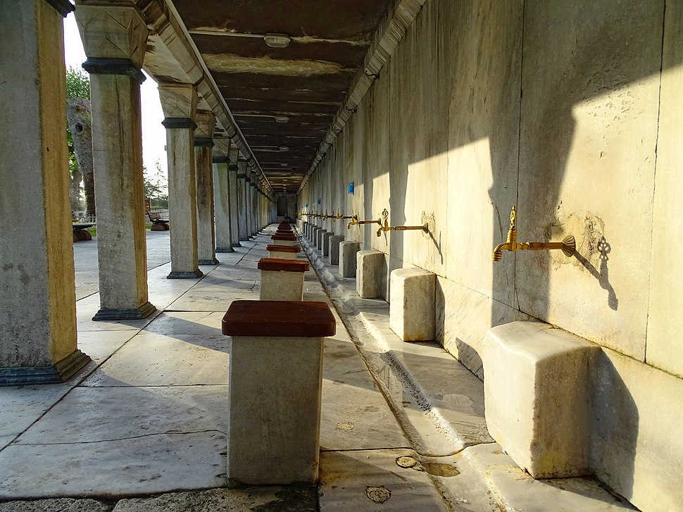 Blue-Mosque-Ablutions