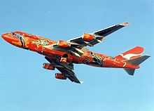 Boeing 747-438, Qantas AN0211220.jpg