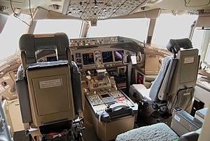 బోయింగ్ 777 కాక్పిట్