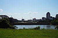 Bossier City September 2015 01 (Shreveport skyline).jpg