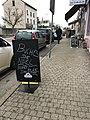 Boulangerie de Saint-Maurice-de-Beynost (Ain, France) - tableau extérieur bûche de noël.JPG
