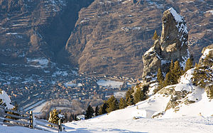 Bourg-St-Maurice view from Les Arcs ski resort.jpg