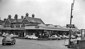 Bournemouth West railway station - Image: Bournemouth West Station 1861607 f 4776380