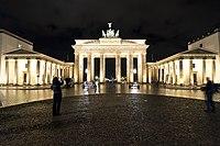 Brandenburg Gate (8331820462).jpg