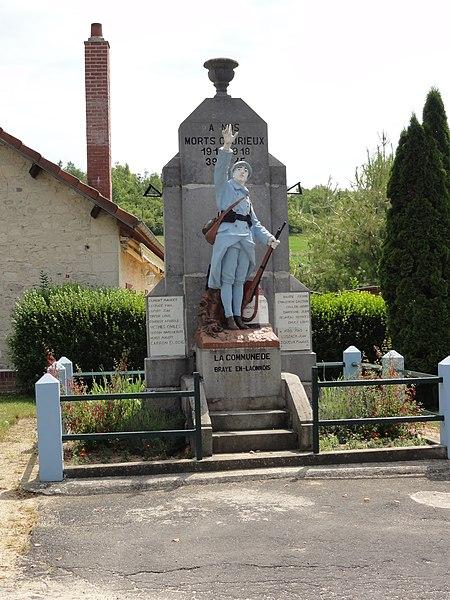 Braye-en-Laonnois (Aisne) monument aux morts