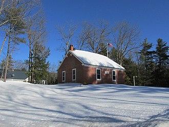 Sharon, New Hampshire - Image: Brick Schoolhouse, Sharon NH