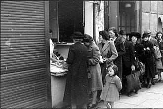 Elizabeth David - The reality of rationing and austerity: queuing for fish in London, 1945