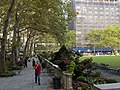 Bryant Park - panoramio.jpg