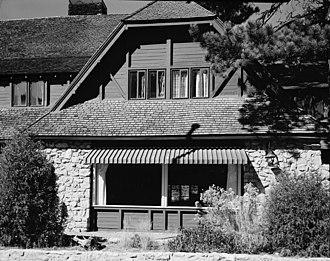 Bryce Canyon Lodge - Image: Bryce Canyon Lodge 157607pv