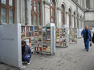 University Square, Bucharest - Booksellers near the University of Bucharest