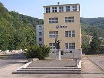 Budova ředitelství Adamovských strojíren.JPG