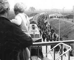 Halle-Neustadt - The rail link to Leuna and Buna, Halle-Neustadt railway station, now Zscherben street (Zscherbener Straße) in 1967