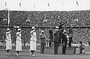 Bundesarchiv Bild 183-G00825, Berlin, Olympiade, Siegerehrung Fünfkampf